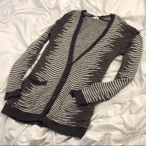 BP Nordstrom Grey and White Patterned Cardigan